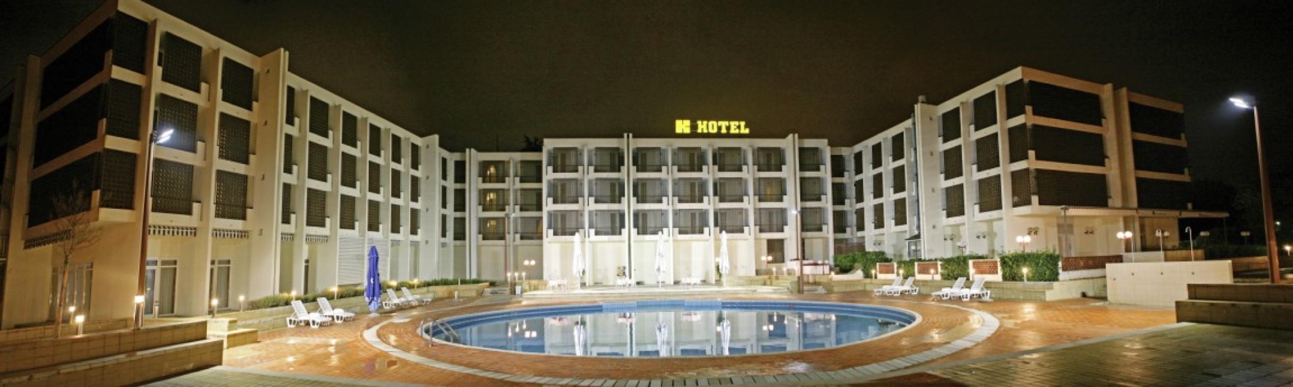 Povežite se sa zaposlenikom hotela